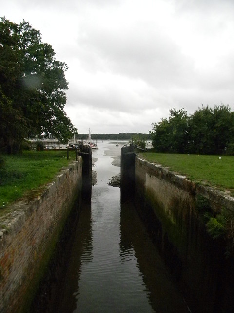 Sea lock, Chichester Ship Canal