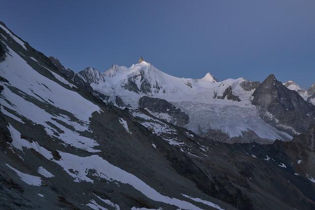 Zinalrothorn, Obergabelhorn and Besso at dusk