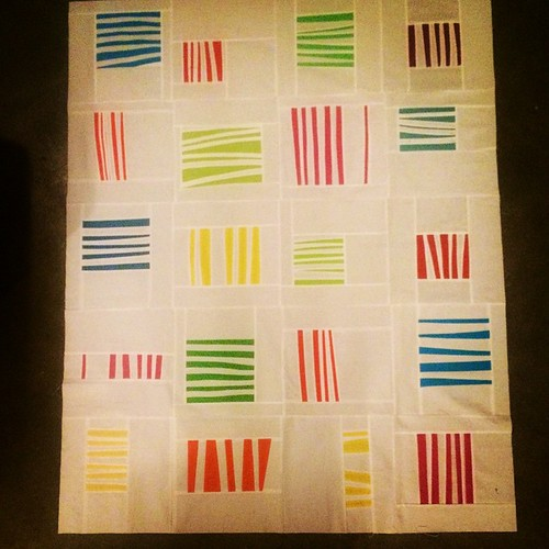 Latest quilt top finish! Better pic once my official quilt holder aka @jessiekember comes over. #dogoodstitches #harmonydogoodstitches