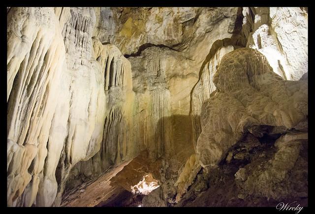 Puente de Noviembre en Jaca - Cuevas de las Güixas