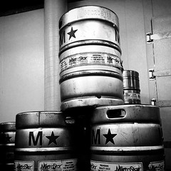 M:star:️ - #moerlein #kegs #cincy #cincyusa #cincypics #thisisotr #otr #brewery #brewerydistrict