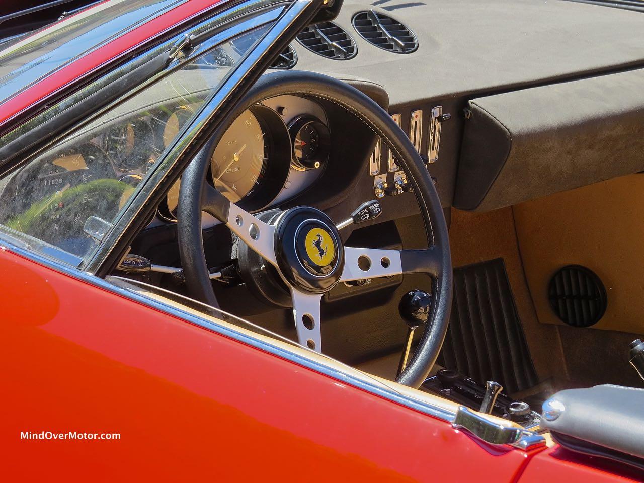 Ferrari 365 GTS:4 Interior