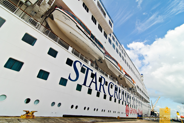 Star Cruises Superstar Aquarius Cruise Ship