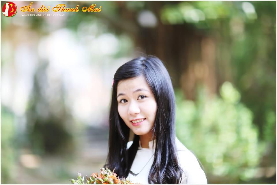 Ảnh kỷ yếu – Nguyễn Cao Thu Hiền – D164