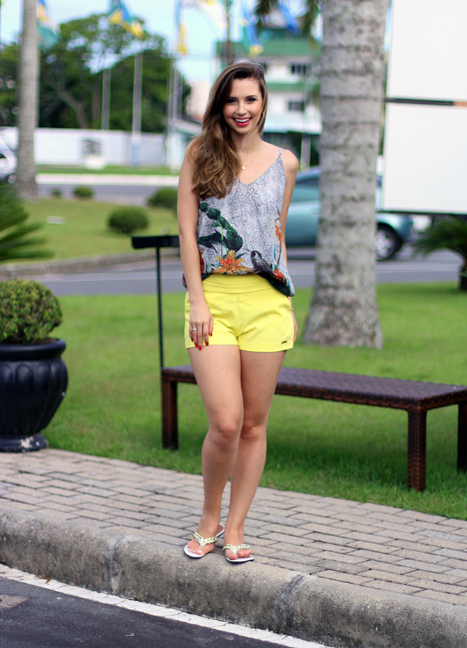 01-look do dia shorts amarelo officium blog sempre glamour