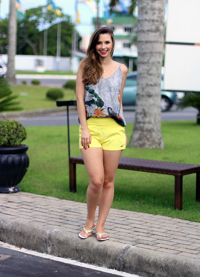 01-look do dia shorts amarelo officium blog sempre glamour