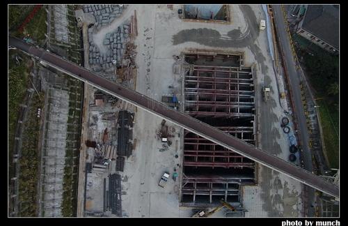 開挖捷運新莊機廠,可能使僅存的樂生院區面臨地滑危機。攝影:munch