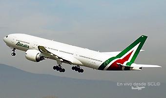 Alitalia B777-200ER takeoff SCL (RD)