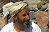 Trekkingreise Oman mit Hajar-Gebirge. Begegnung unterwegs. Foto: Alfred Fuchs.