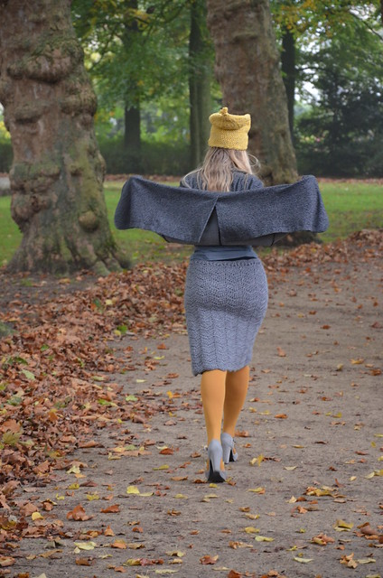 wood & wool skirt