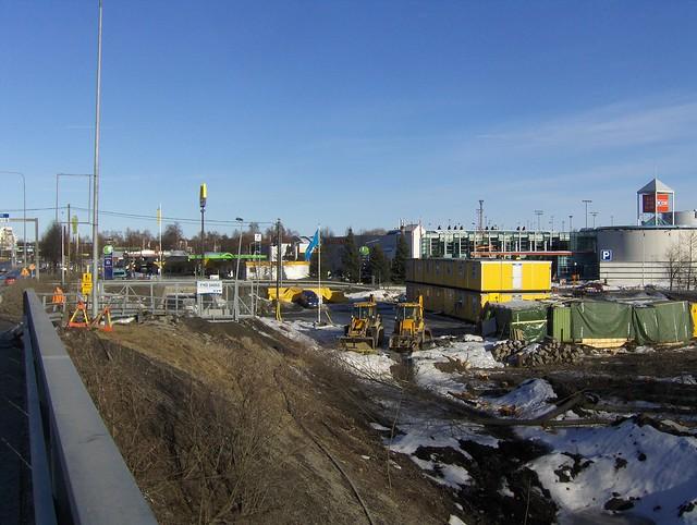 Hämeenlinnan moottoritiekate ja Goodman-kauppakeskus: Työmaatilanne 18.3.2012 - kuva 10
