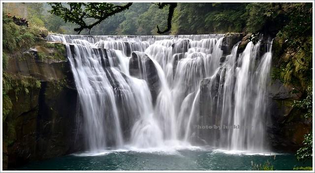 十分瀑布公園眼鏡洞瀑布009-DSC_0574