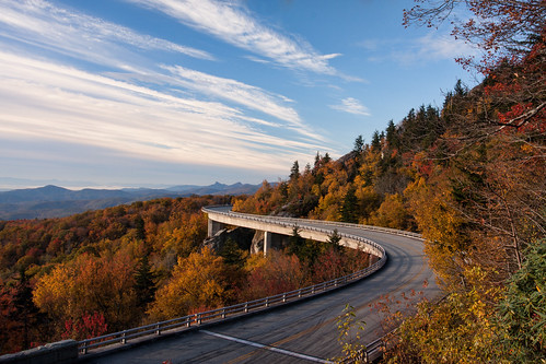 travel sunrise other fallcolors blueridgeparkway lynncoveviaduct