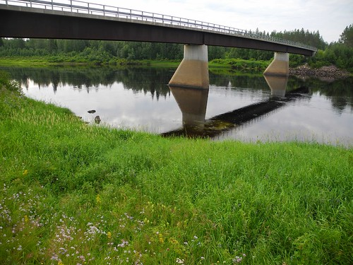 bridge summer sol finland river landscape geotagged july lapland fin lappi 2014 kemijoki savukoski 201407 20140721 viitaranta viitarannantie geo:lat=6720586132 geo:lon=2794853210