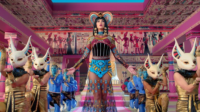 Katy Perry - Vidéoclip Dark Horses