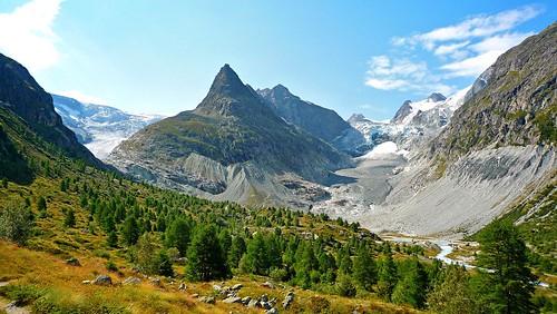 mountain alps landscape swiss glacier bricola miné glacierdumontminé