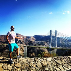 #bridge #highway #vacation #britney #collection #rainbow #tee #papagayo #mexico #rayban #blue #aviator #shades #sunglasses #daylight