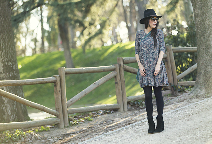 street style barbara crespo hake camouflage dress hat fashion blogger outfit blog de moda