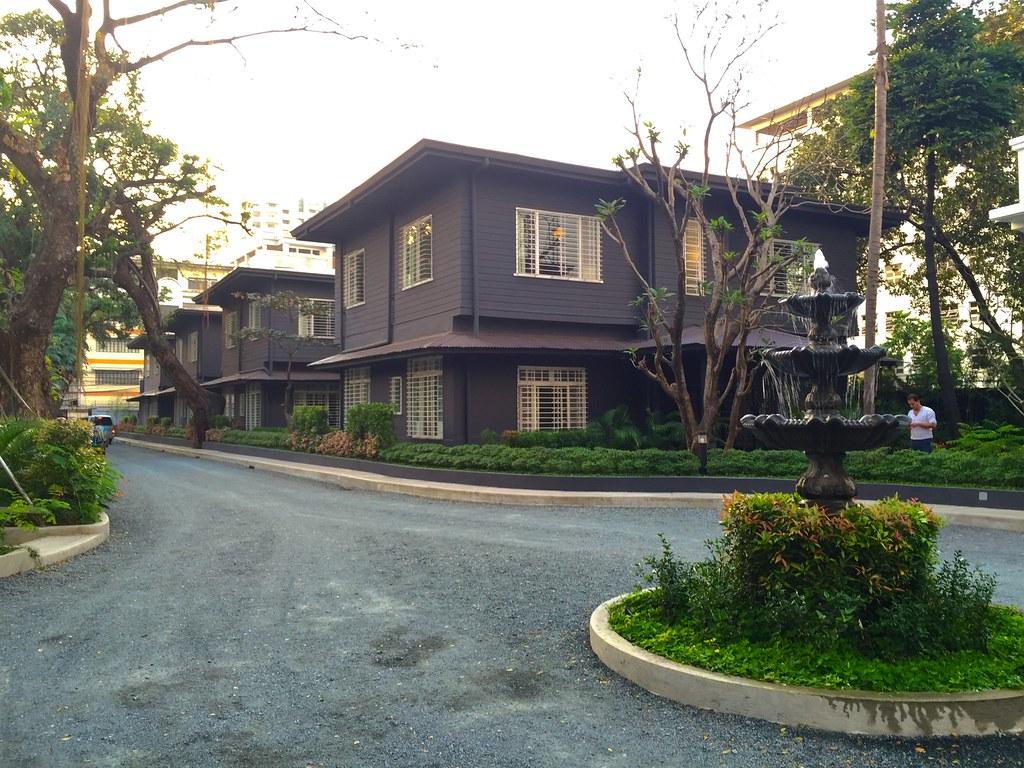 henrys-hotel-philippines