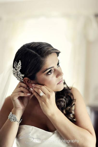 Daniela- bridal headpiece and jewelry- Bridal Styles Boutique | photo- Ricky Restiano-002