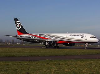 G-FCLA Boeing 757-2Q8
