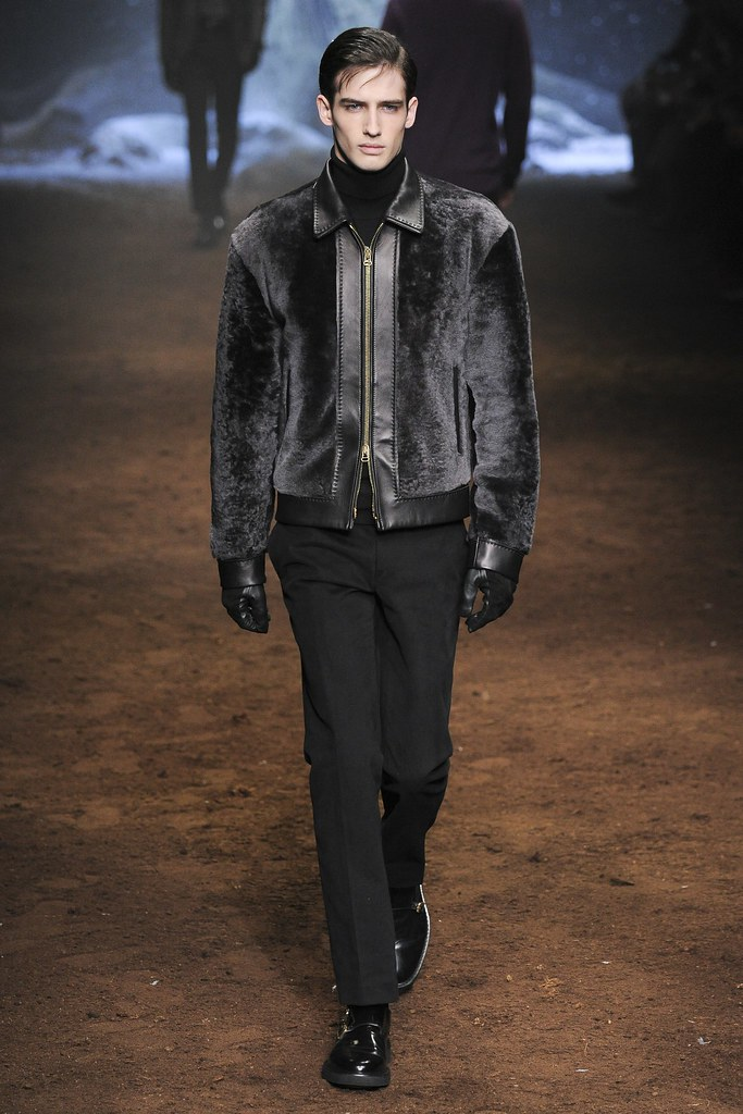 FW15 Milan Corneliani018_Ian Sharp(VOGUE)