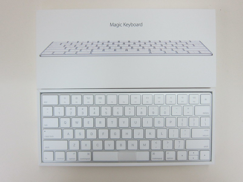 Apple Magic Keyboard - Box Open