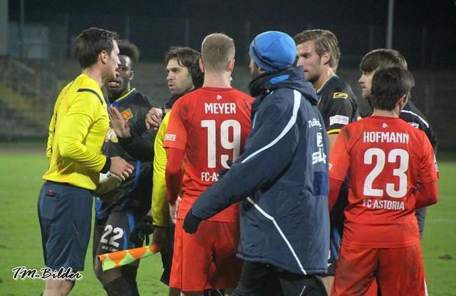 TuS Koblenz - FC Astoria Walldorf 1:1 15228092153_396ce5d3b9_z