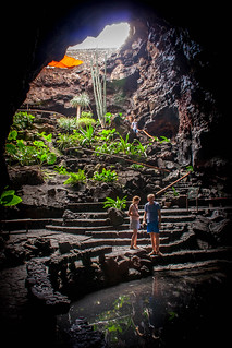 Kuva Jameos del Agua. lake del canon underground eos 350d restaurant islands agua lanzarote nightclub cave canary jameos