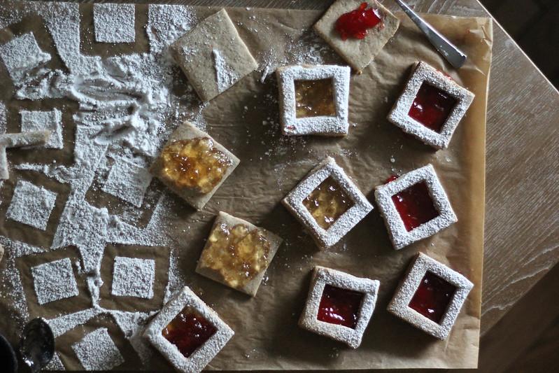 Spiced Pecan Linzer Cookies  (1 of 1)