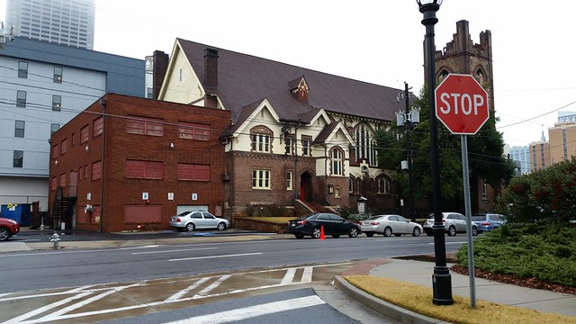 20141228_105039 2014-12-28 131 Ponce De Leon teardown formerly I M Pei Gulf Oil St Pauls Presbyterian Church Atlanta