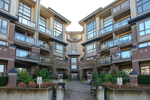 Storyboard of Unit 118 - 10866 City Parkway, Surrey