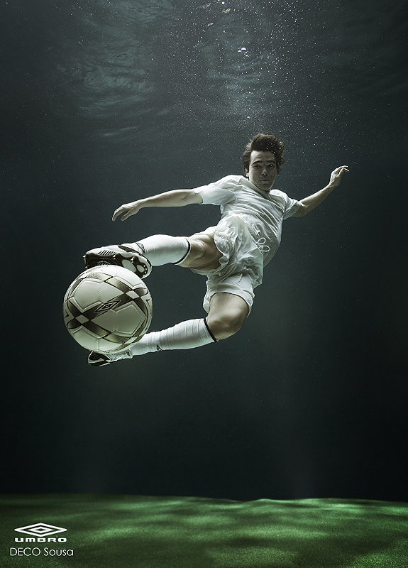 15733779820 988f4252dd o Stunning Underwater Photography By Zena Holloway