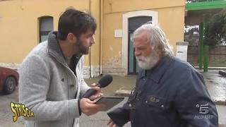 Edoardo Stoppa con Biagio Antonacci alla stazione di Turi