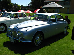 performance car(0.0), convertible(0.0), sports car(0.0), automobile(1.0), daimler 250(1.0), jaguar mark 2(1.0), vehicle(1.0), automotive design(1.0), jaguar mark 1(1.0), antique car(1.0), sedan(1.0), classic car(1.0), vintage car(1.0), land vehicle(1.0), luxury vehicle(1.0), jaguar s-type(1.0),