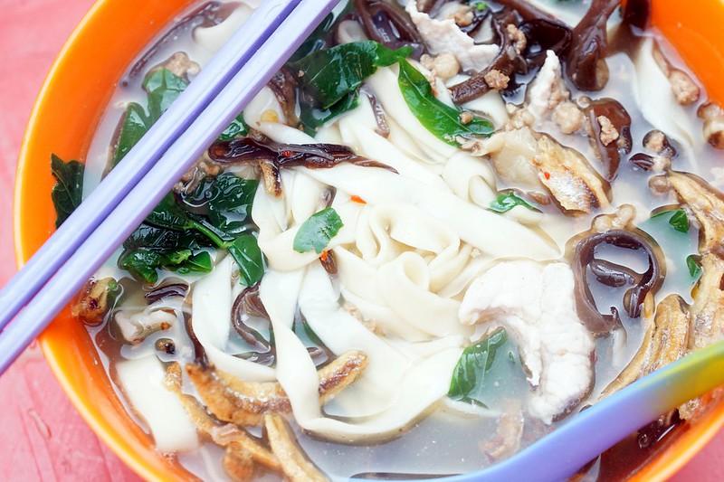 what to eat at imbi market - morning - pan mee