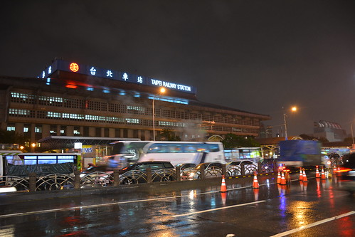 台北車站與忠孝西路