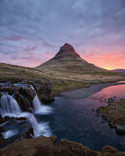 iceland kirkjufell mountain sunrise dawn landscape waterfall