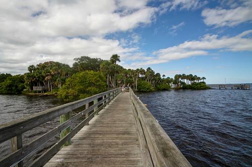 park usa outdoors pier florida northamerica palmbay indianriverlagoon brevardcounty castawaypointpark