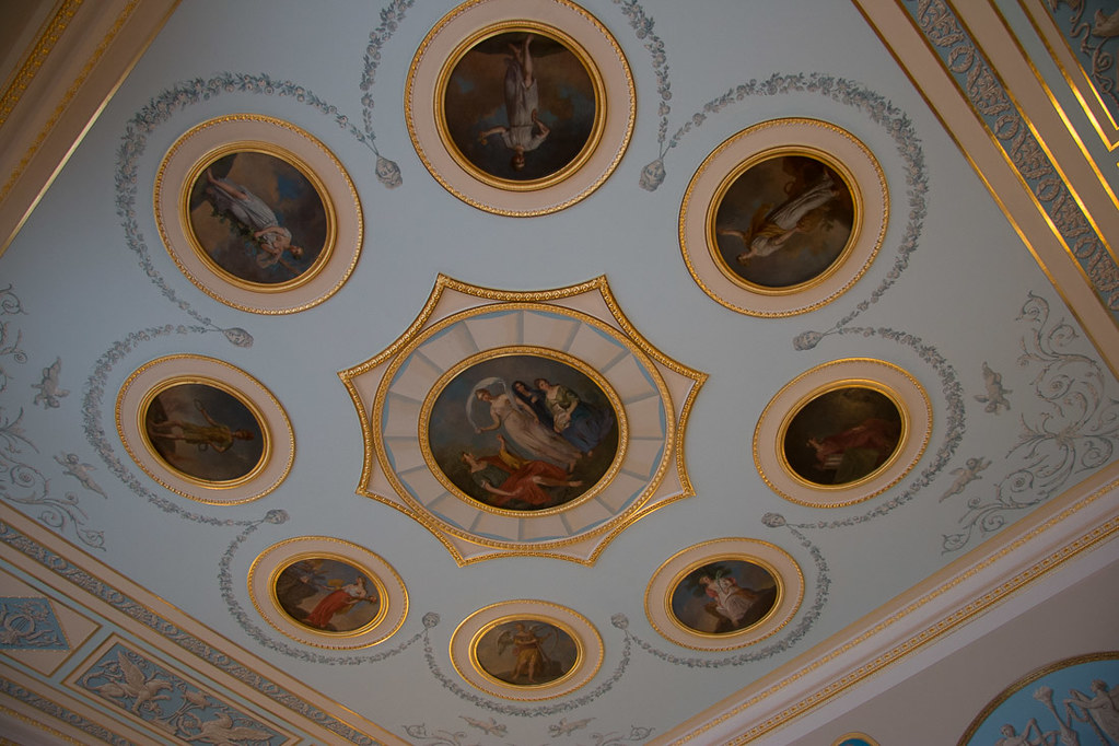 Ceiling with portraits in Catherine Palace