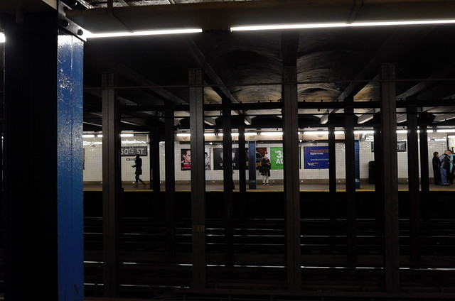 Subway, NY, 25 Dec 2014. L122