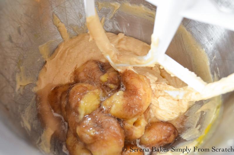Banana-Cake-Cream-Cheese-Frosting-Ripe-Banana.jpg