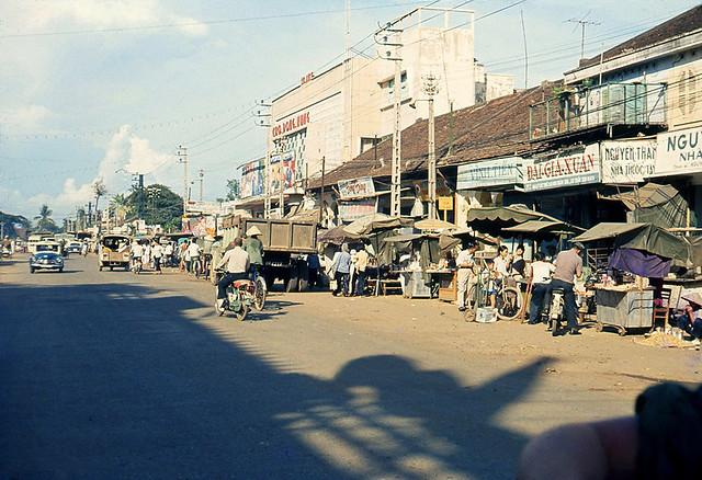 Saigon 1970 - Rạp Cao Đồng Hưng đường Bạch Đằng, gần chợ Bà Chiểu