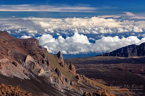 above morning clouds sunrise volcano hawaii lava high maui haleakala crater lookingdown brianknott forgetmeknottphotography fmkphoto mountaan
