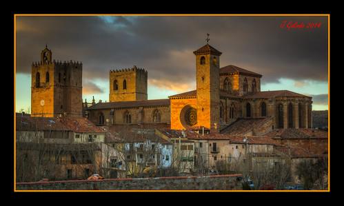 old sunset españa art atardecer spain arquitectura edificios arte cathedral sony catedral otoño iglesias castillos romanico castilla piedra gotico siguenza pintoresco joaquíngalindomilián