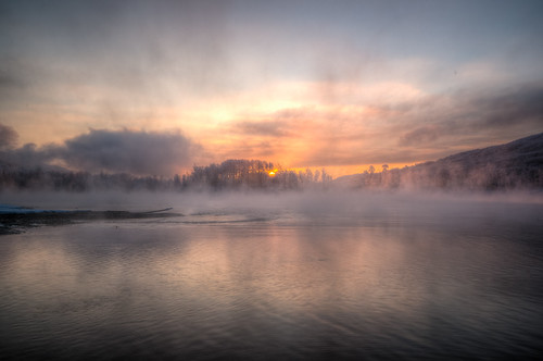 morning sun mist canada color green fog sunrise river bc columbia british
