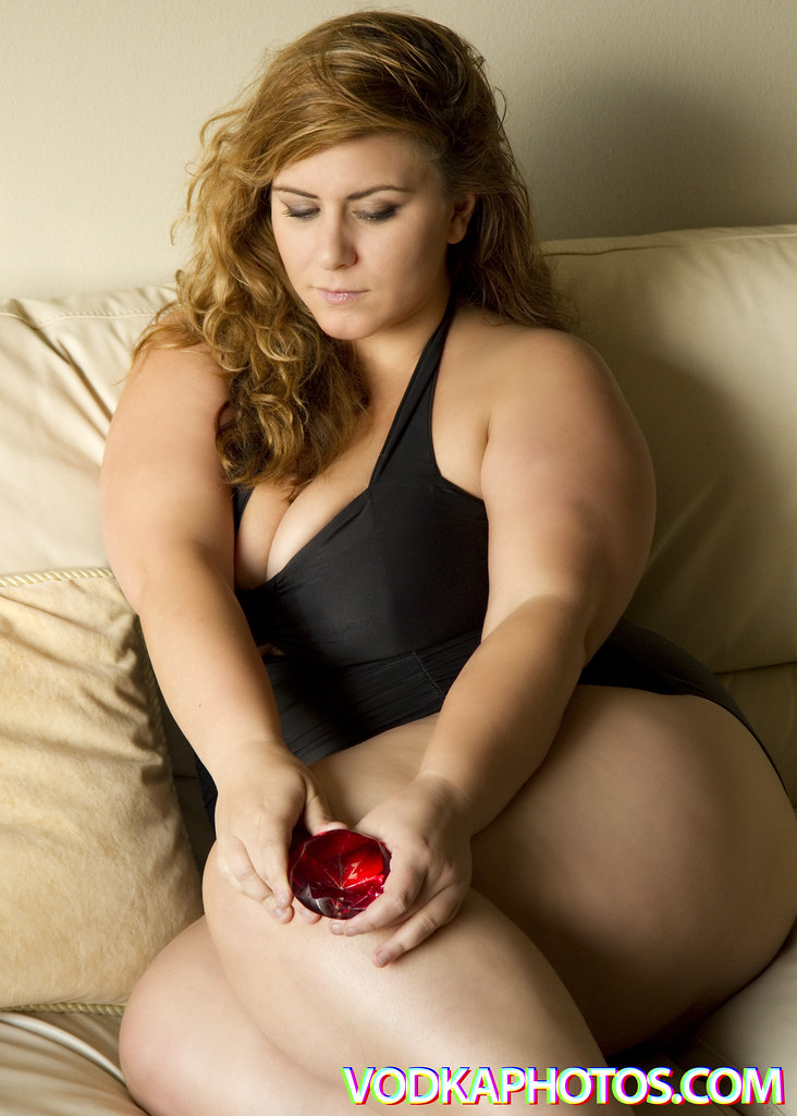 bbw model andrews London