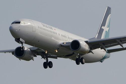 B738 - Boeing 737-8SA