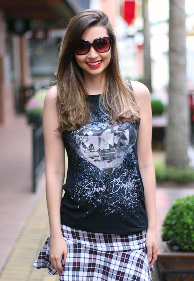 08-saia-xadrez-blusa-preta-sempre-glamour