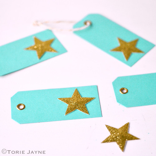 Sparkling star gift tag tutorial 1